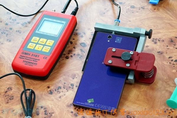 [多图+视频]解密索尼手机,防水手机检修流程