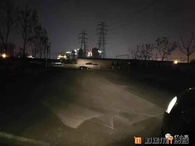 为安全而设计的LED汽车大灯——灯小亮LED四面发光大灯测评