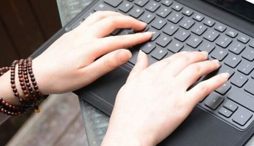 Win10怎么用键盘关机 4种Win10快速关机方法