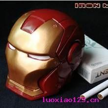 强势技术宅耗时2832小时自制钢铁侠头盔