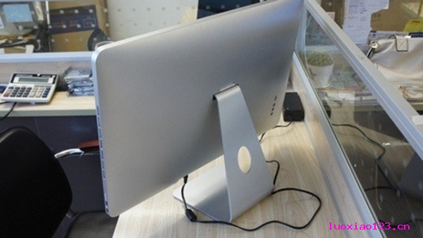 很唬人:山寨版新iMac,Win7/Win8系统任意搭