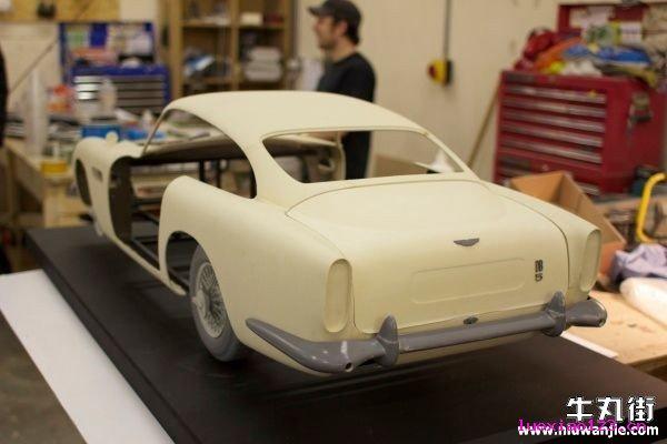 3D打印技术制作电影道具:007大破天幕杀机中的阿斯顿马丁